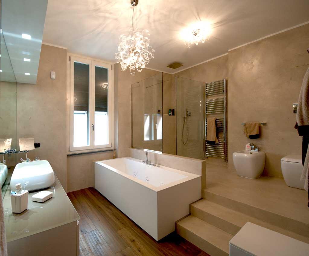 Scala resinata rivestimento gradini e struttura con resine - Resina per pareti bagno ...